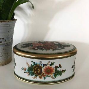 Vintage | Floral Tin